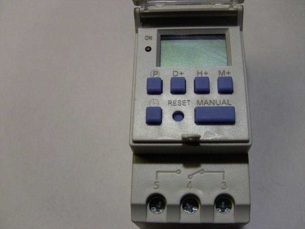 Обзор таймера Oktimer THC15A. Настройка, программирование, внутреннее устройство. 2