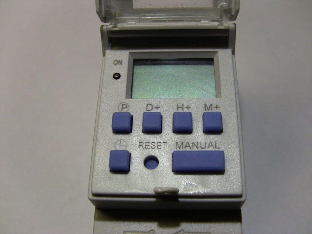 Обзор таймера Oktimer THC15A. Настройка, программирование, внутреннее устройство. 3