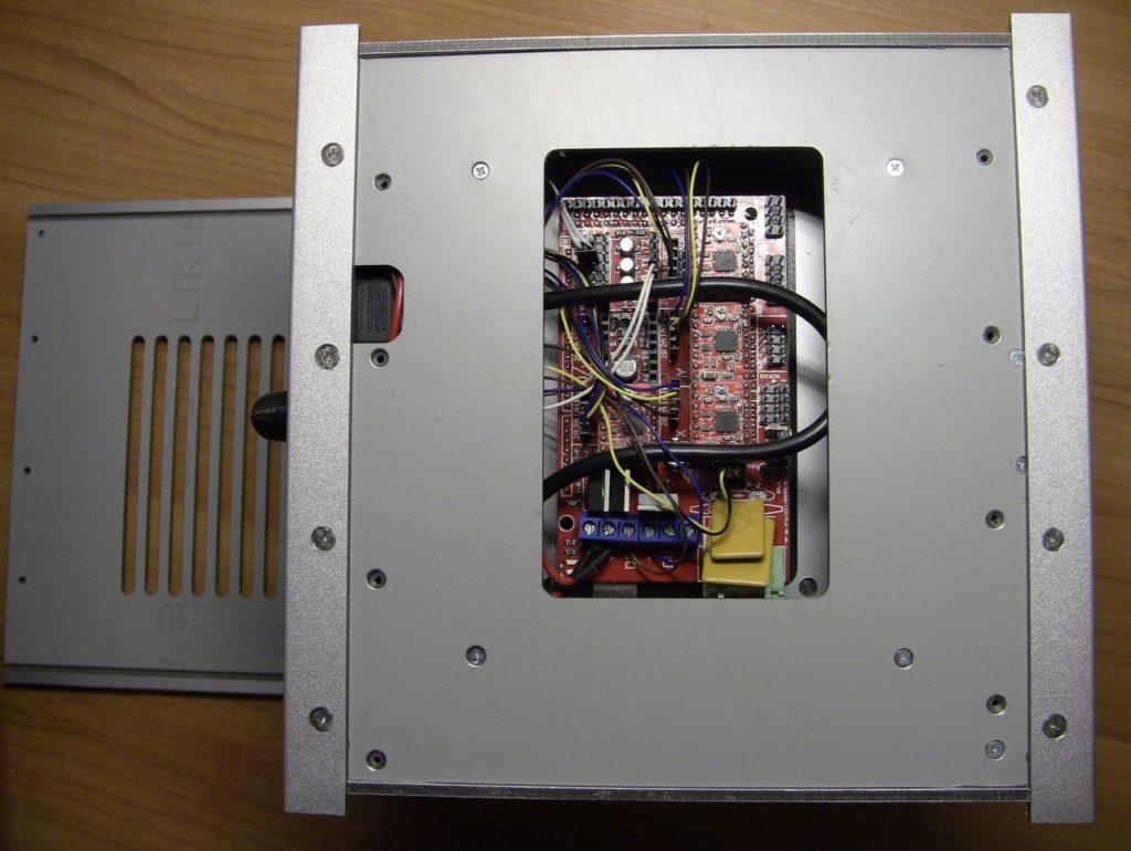 3D принтер Cactus CS-3D MICRO C1. Электроника. Плата управления RAMPS 1.4. Arduino Mega. A4988. Внешний вид со снятой нижней крышкой. крышкой.