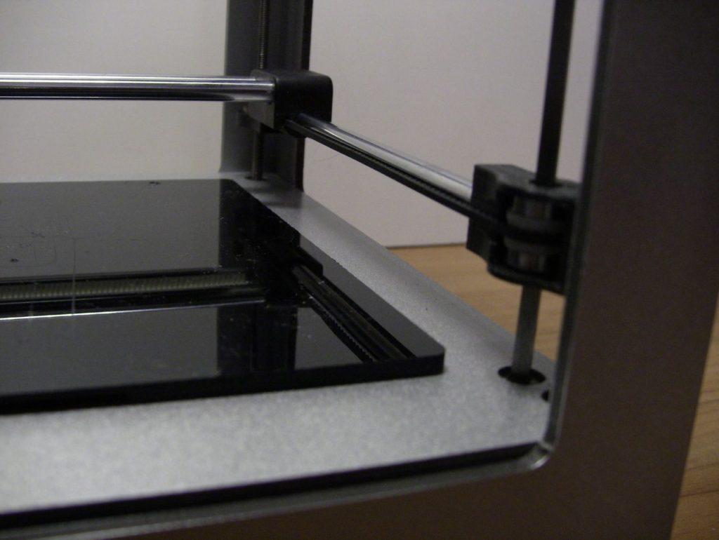 3D принтер Cactus CS-3D MICRO C1. Рабочий стол. Ремень шестерни оси Z. Винт и гайка оси Z. Направляющие. Внешний вид.