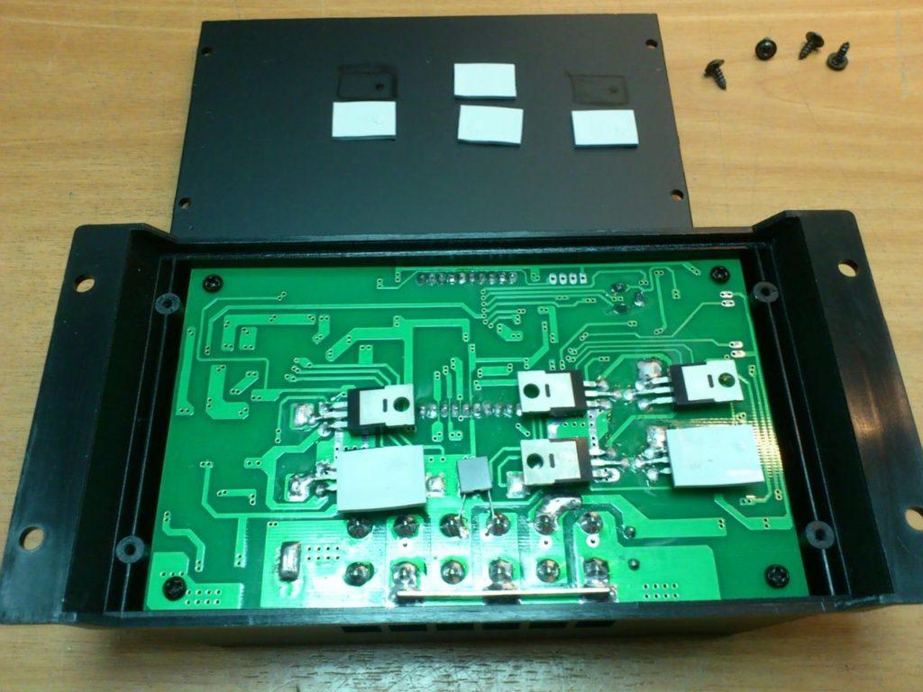 Контроллер заряда от солнечных батарей Solar Charge Controller SOLAR30 9
